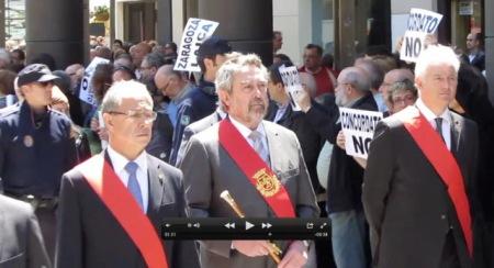 Foto: MHUEL. Procesión en Zaragoza con el ya ex -alcalde Belloch