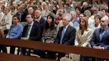 Misa de Begoña en Gijón, con presencia de la alcaldesa y algunos concejales