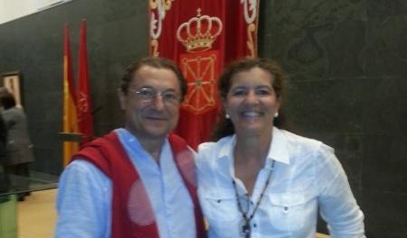 Juanjo Picó y Asunción Villaverde, representantes de Europa Laica, en el acto del Parlamento Navarro. Laicismo.org