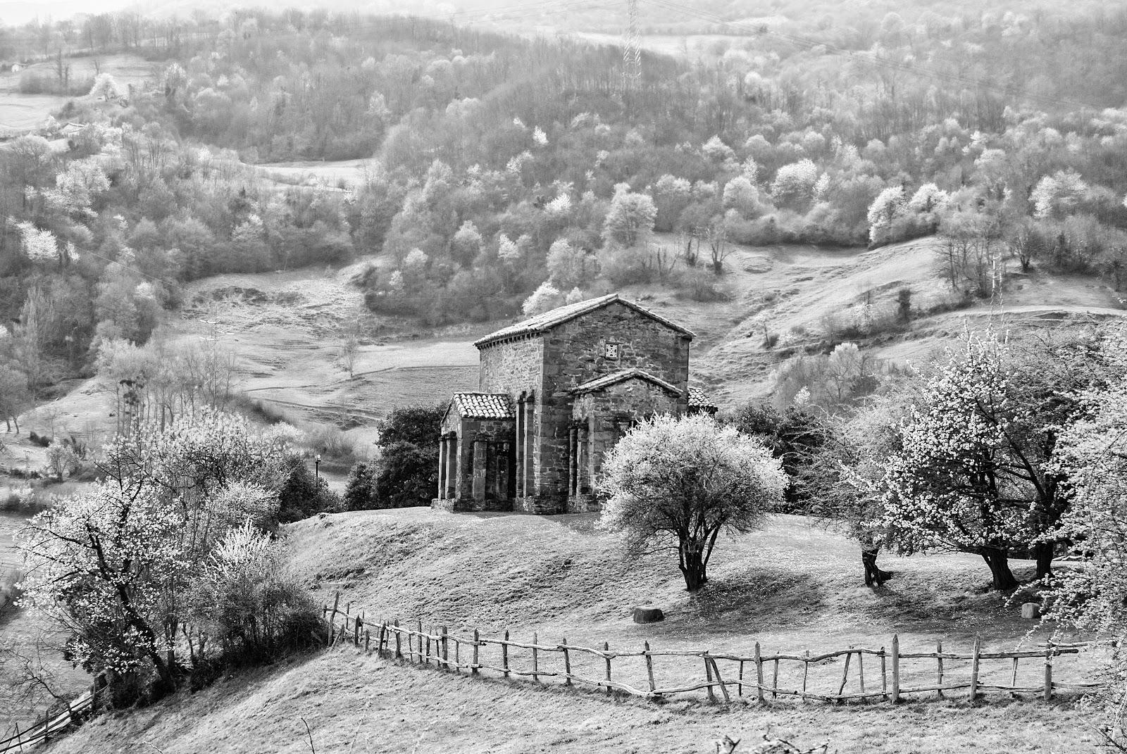 FOTOGRAFÍA Y FILATELIA: SANTA CRISTINA DE LENA, ASTURIAS