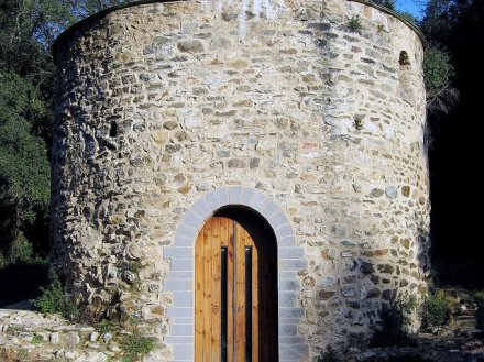 una-de-las-ermitas-supuestamente-expropiadas-por-el-obispado-de-vic